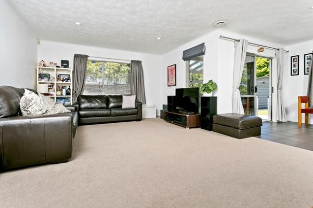 5 Tetrarch Place, Totara Vale, Auckland - NZL (photo 4)