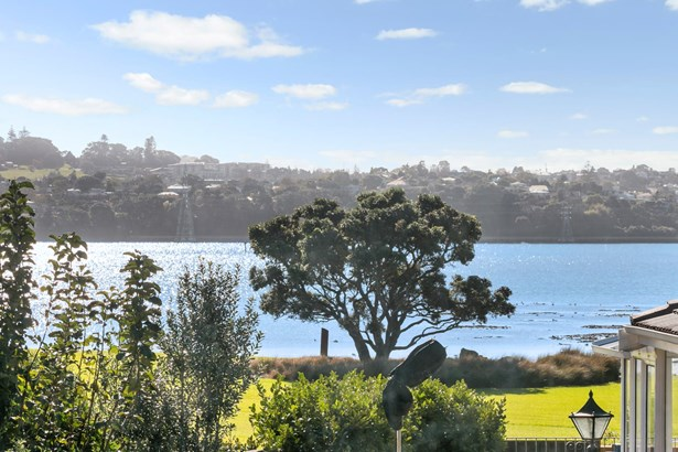 3 Yorkton Rise, Mangere Bridge, Auckland - NZL (photo 5)