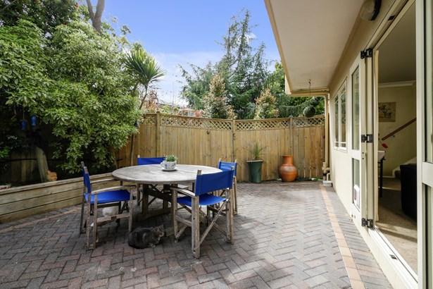 19 Pine Terrace, Howick, Auckland - NZL (photo 3)