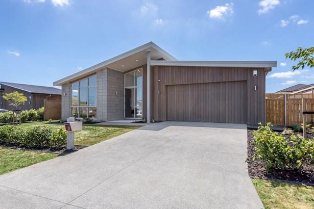 31 Mahutonga Avenue, Beachlands, Auckland - NZL (photo 3)