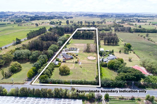 2253 State Hwy 16, Helensville, Auckland - NZL (photo 2)
