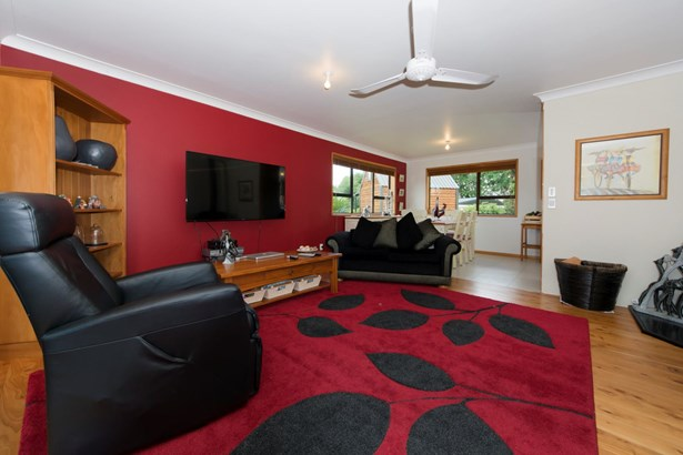 2253 State Hwy 16, Helensville, Auckland - NZL (photo 5)