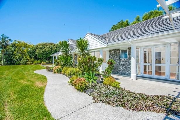 65 Lascelles Drive, Dairy Flat, Auckland - NZL (photo 4)