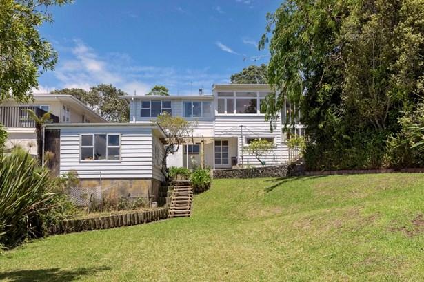 447 Hillsborough Road, Mt Roskill, Auckland - NZL (photo 2)