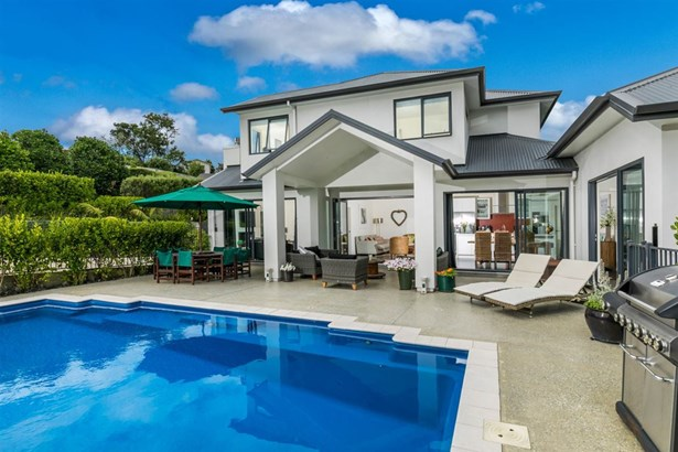 12 Eastvale Close, Greenhithe, Auckland - NZL (photo 4)