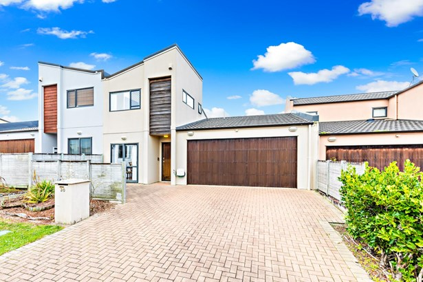30 Spalding Rise, Golflands, Auckland - NZL (photo 1)