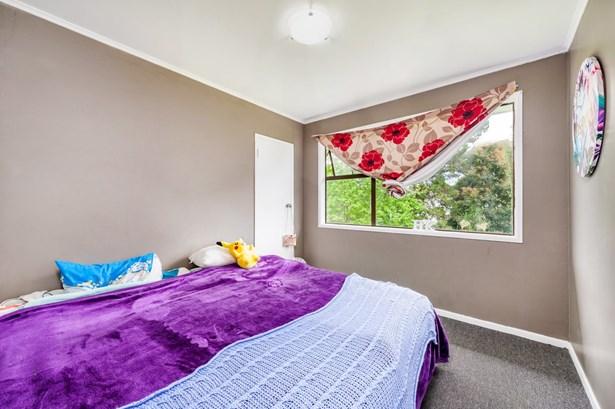 12a Sabulite Road, Kelston, Auckland - NZL (photo 5)