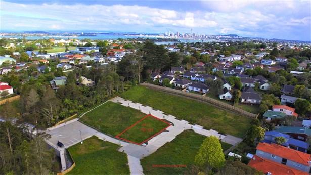 Lot.13/20& Park Avenue, Northcote, Auckland - NZL (photo 3)