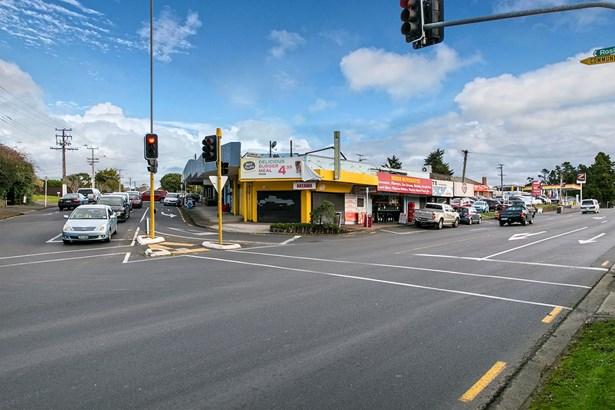 49 & 49a Rosier Road, Glen Eden, Auckland - NZL (photo 4)