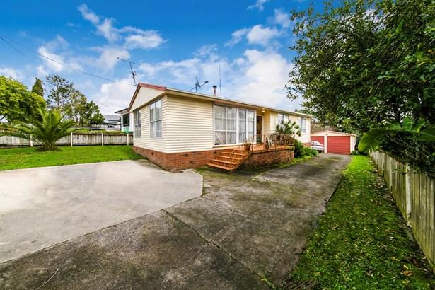 49 & 49a Rosier Road, Glen Eden, Auckland - NZL (photo 2)