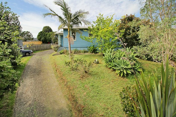 70 Leybourne Circle, Glen Innes, Auckland - NZL (photo 5)