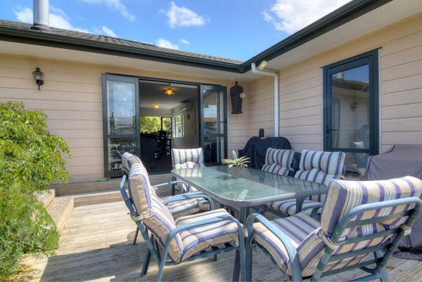 16 Bell Road, Beachlands, Auckland - NZL (photo 1)