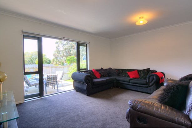 16 Bell Road, Beachlands, Auckland - NZL (photo 5)