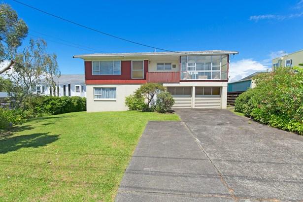 795 Whangaparaoa Road, Manly, Auckland - NZL (photo 2)