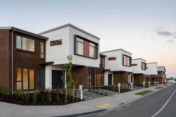 3 Komanawa Lane, Mt Wellington, Auckland - NZL (photo 3)
