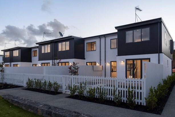 3 Komanawa Lane, Mt Wellington, Auckland - NZL (photo 4)