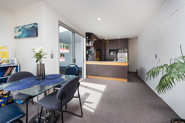 15/3 Wagener Place, St Lukes, Auckland - NZL (photo 5)