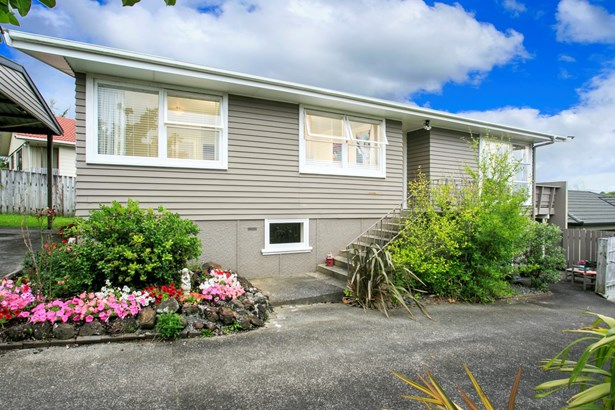 1/45 Velma Road, Hillcrest, Auckland - NZL (photo 2)