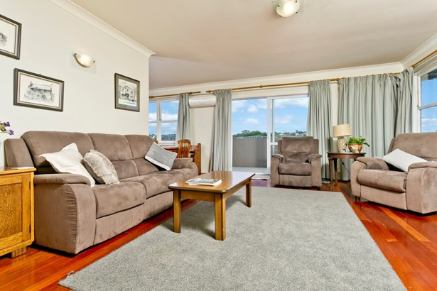 1/45 Velma Road, Hillcrest, Auckland - NZL (photo 4)