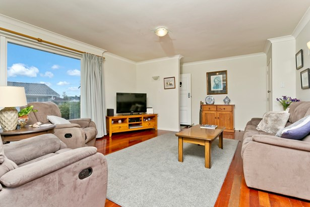 1/45 Velma Road, Hillcrest, Auckland - NZL (photo 5)