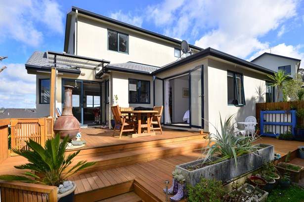 8 Carento Way, Stanmore Bay, Auckland - NZL (photo 1)