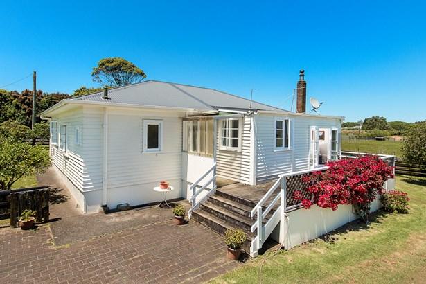 87 Wymer Road, Glenbrook, Auckland - NZL (photo 2)