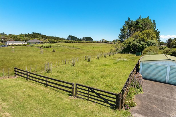 87 Wymer Road, Glenbrook, Auckland - NZL (photo 3)