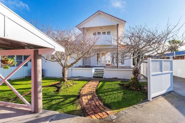 855 Manukau Road, Onehunga, Auckland - NZL (photo 3)