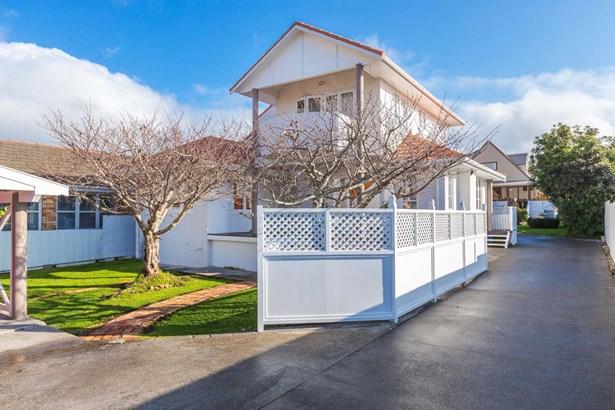 855 Manukau Road, Onehunga, Auckland - NZL (photo 4)