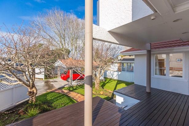 855 Manukau Road, Onehunga, Auckland - NZL (photo 5)