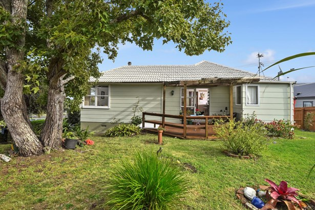5 Miniver Street, Glen Innes, Auckland - NZL (photo 4)