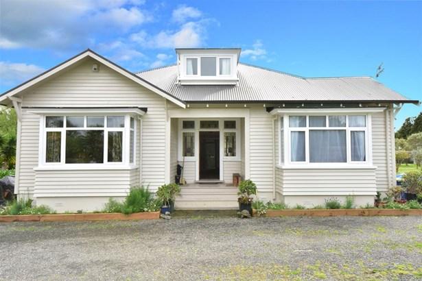 13a Punga Road, Whenuapai, Auckland - NZL (photo 2)