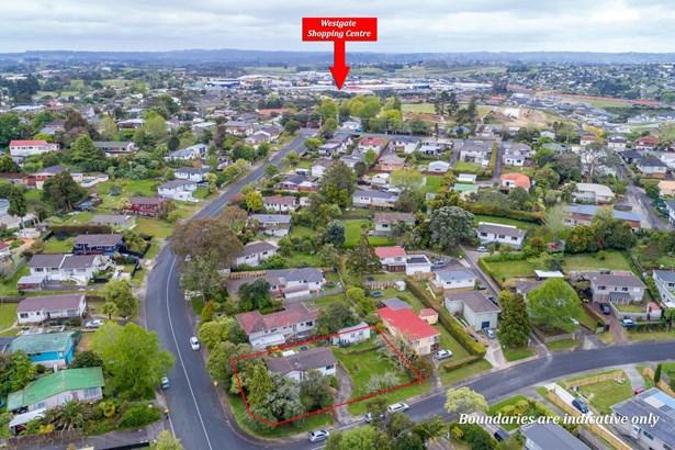 2 Glenbervie Crescent, Massey, Auckland - NZL (photo 2)