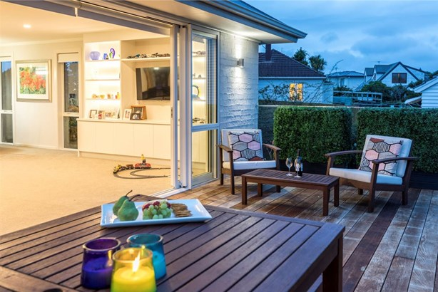 7 Tahapa Crescent, Meadowbank, Auckland - NZL (photo 2)