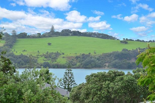21a Everard Avenue, Army Bay, Auckland - NZL (photo 3)