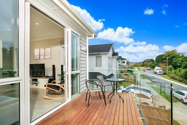 15 Korihi Drive, Swanson, Auckland - NZL (photo 3)