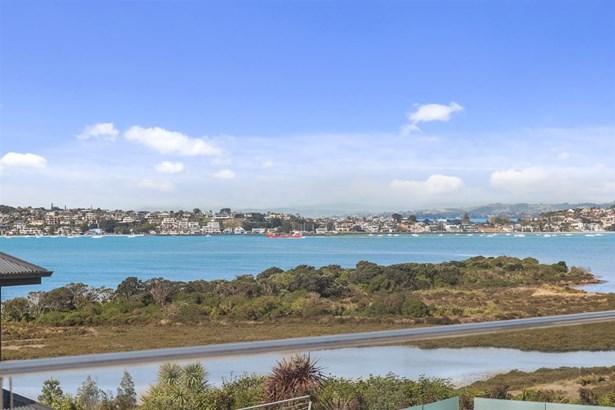 9 Calder Place, Glendowie, Auckland - NZL (photo 4)