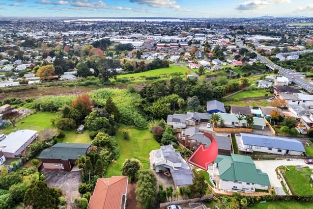 57b West Coast Road, Glen Eden, Auckland - NZL (photo 4)