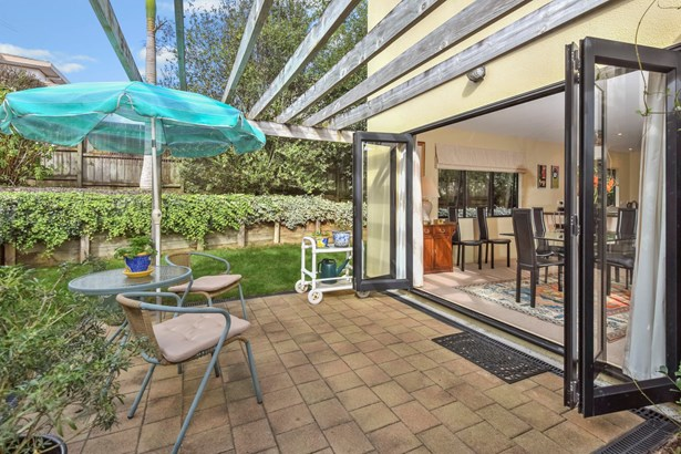 111a St Johns Road, Meadowbank, Auckland - NZL (photo 2)