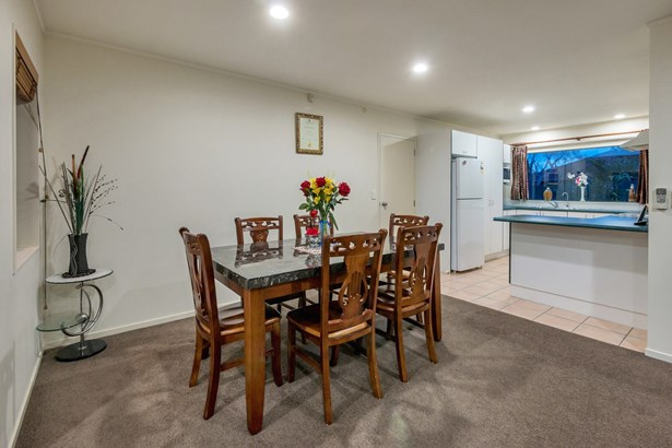 14 Senator Drive, Alfriston, Auckland - NZL (photo 4)