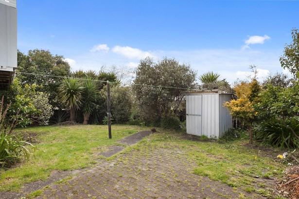 2 Lucinda Place, Glen Eden, Auckland - NZL (photo 4)