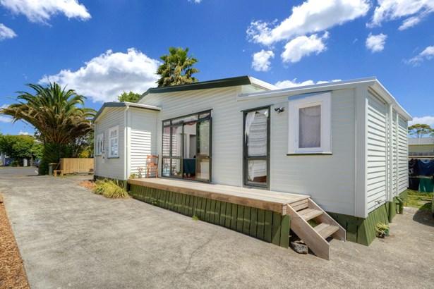 60 Rambler Crescent, Beach Haven, Auckland - NZL (photo 5)