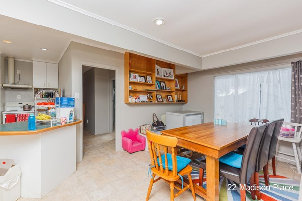 22+24 Madison Place, Forrest Hill, Auckland - NZL (photo 4)