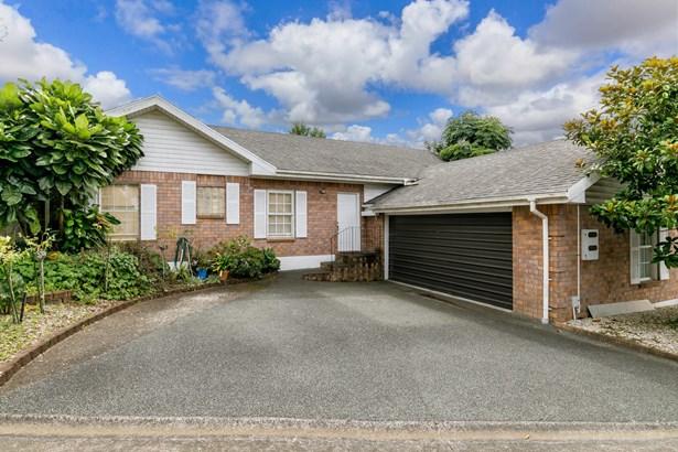 562 Don Buck Road, Westgate, Auckland - NZL (photo 1)