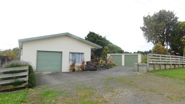 2636 Awhitu Road, Awhitu, Auckland - NZL (photo 3)