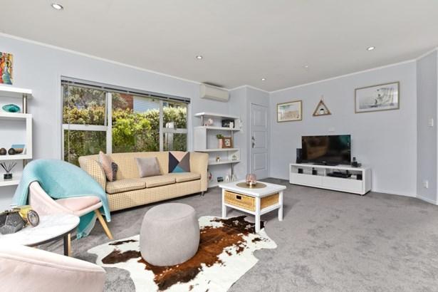 51 Glencoe Road, Browns Bay, Auckland - NZL (photo 5)