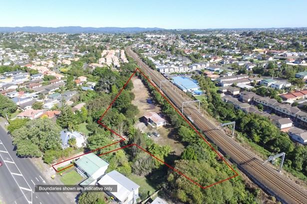 25a Titirangi Road, New Lynn, Auckland - NZL (photo 4)