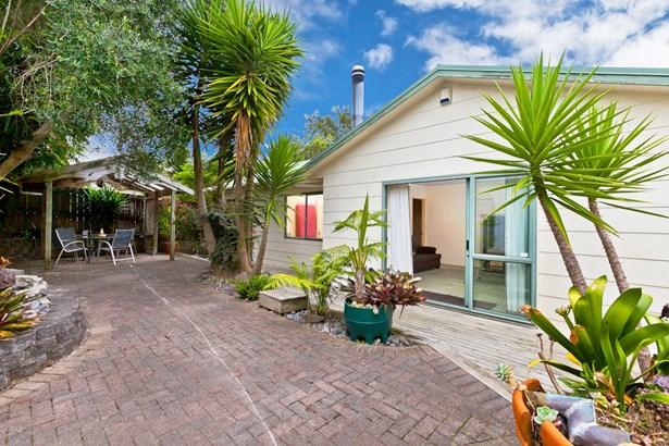 62a Glen Road, Ranui, Auckland - NZL (photo 1)