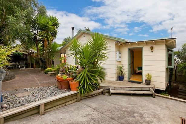 62a Glen Road, Ranui, Auckland - NZL (photo 2)