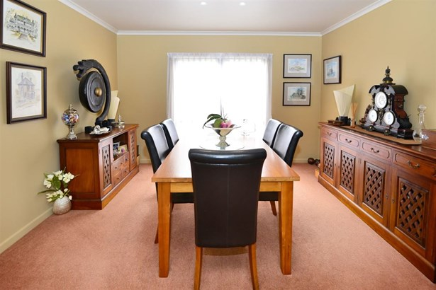 17 Windfall Grove, Greenhithe, Auckland - NZL (photo 5)